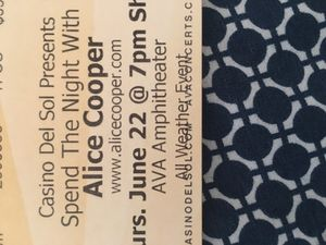 2 lawn tickets to Alice cooper for Sale in Tucson, AZ