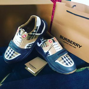 Burberry for Sale in Forest Heights, MD