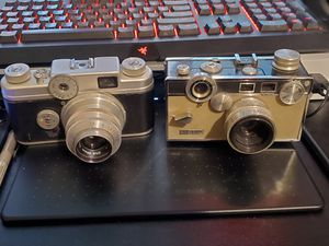 Vintage Film Camera's (Argus C4, Kodak EK4 Instacamera) for Sale in Elk Grove, CA