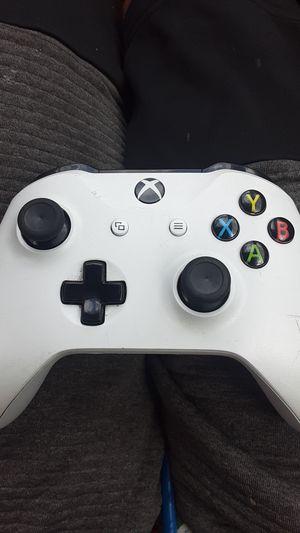 Xbox one Wireless controller for Sale in Phoenix, AZ