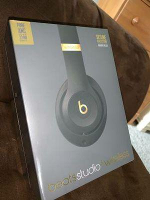 Beats studio 3 wireless headphones for Sale in Dearborn Heights, MI
