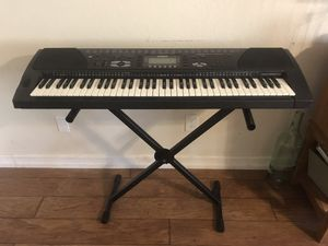 Keyboard piano for Sale in Moreno Valley, CA