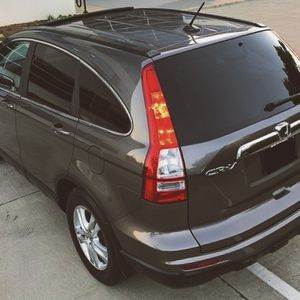 2010 HONDA CRV Runs/Looks GREAT for Sale in Cleveland, OH