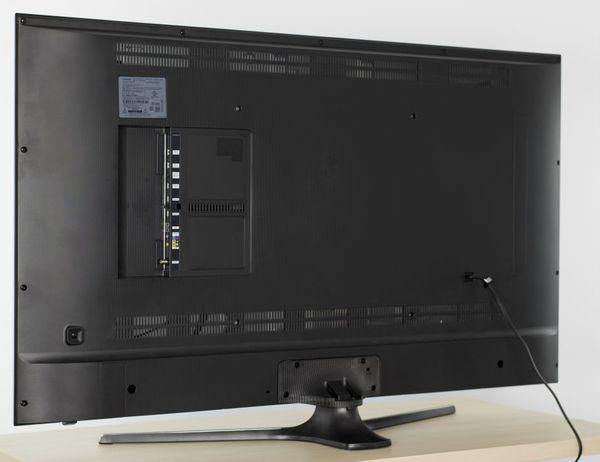4K UHD Smart TV