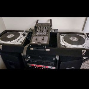 Dj Equipment, 650GB + Of Music, Serato, Lights, Fog... for Sale in Rancho Cucamonga, CA