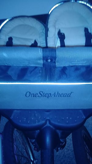One step ahead double stroller for Sale in Parma, OH