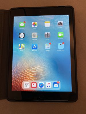 6th Gen IPad w/Cellular (32GB) for Sale in Washington, DC