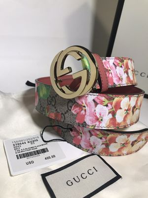 Gucci Pink Blooms Belt (Buy Now & Get FREE Gucci Socks!) for Sale in Queens, NY
