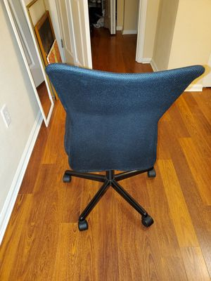 Desk chair in very good condition for Sale in Bellevue, WA