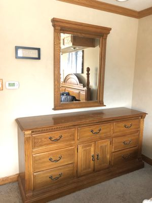 Real solid oak 5 piece bedroom set for Sale in Orland Park, IL