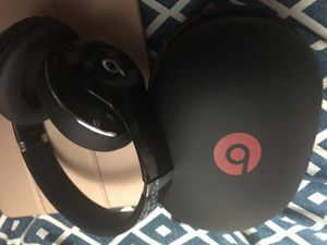 Beats wireless studio 2 for Sale in New York, NY