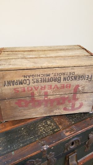 Faygo crate for Sale in Eastpointe, MI