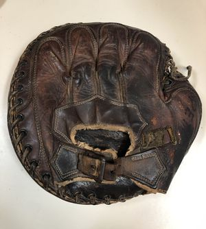 Vintage 1920's Baseball Glove for Sale in Seattle, WA