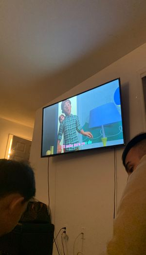 60 inch flat screen tv for Sale in Staten Island, NY