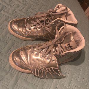 Jeremy Scott Size 8 . Silver Wings for Sale in Fort Washington, MD