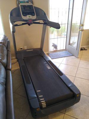 Precor 956i commercial treadmill for Sale in Las Vegas, NV