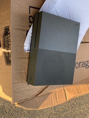 Xbox 1 / 1TB / 3 Remotes for Sale in Woodbridge, VA