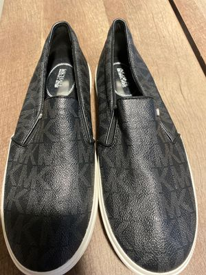 Brand New Michael Kors Shoes Size 9 for Sale in Seattle, WA