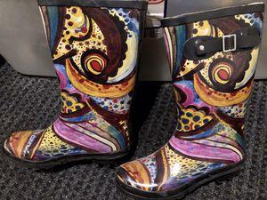 LADIES RAIN BOOTS , NICE ART DESIGN size 8 for Sale in Covina, CA