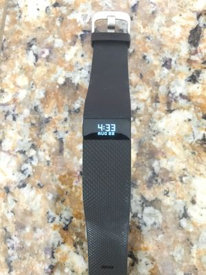 Fitbit Charge HR for Sale in Adelaide, CA