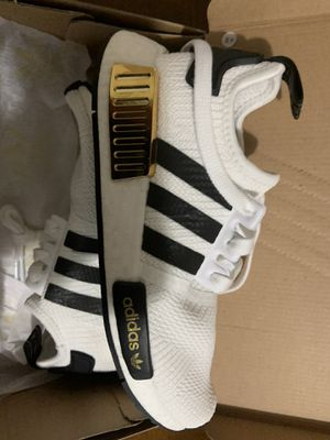 Adidas NMD_R1 J white and gold size 4 for Sale in Tamarac, FL