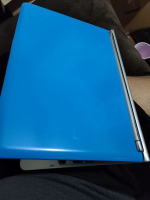 SKY BLUE SAMSUNG CHROMEBOOK for Sale in Winton, CA