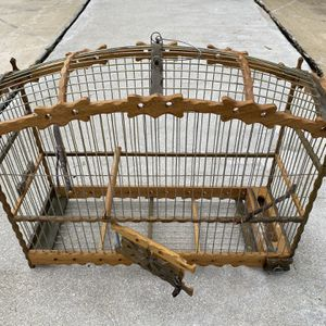 Beautiful Handmade Wooden Birdcage for Sale in Lake Worth, FL