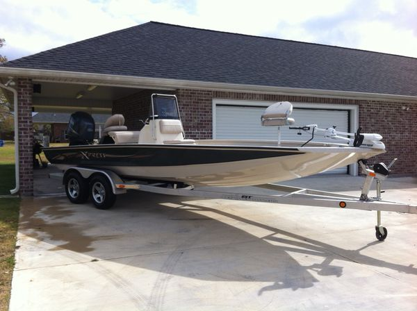 2011 Xpress Hyper-Lift 22' Bay Boat H22B-SS for Sale in Lockport, LA -  OfferUp