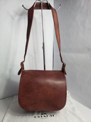 Authentic Vintage Coach Flap Bag Wine color Leather Shoulder Bag PRICE FIRM 🚫 for Sale in San Antonio, TX