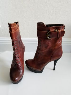 Brand new Stuart Weitzman leather mid calf boots size 6.5 for Sale in West Palm Beach, FL