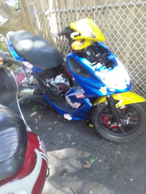 150cc kymco frame everything but motor for Sale in Boston, MA