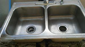 Kitchen sink for Sale in Naranja, FL