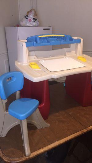 Step2 Deluxe Art Master Kids Desk for Sale in Bethlehem, PA