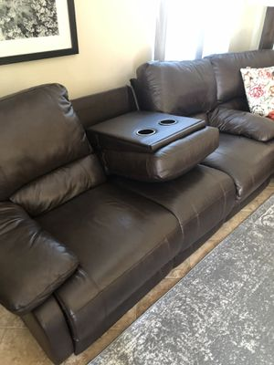 Free couch for Sale in Lakewood, CA