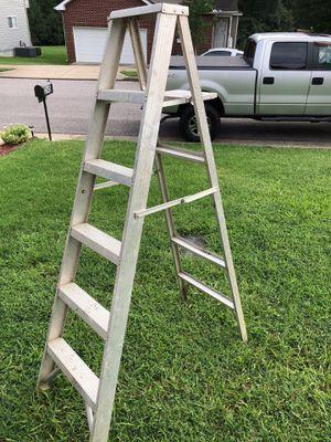 Ladder 6ft for Sale in Nashville, TN
