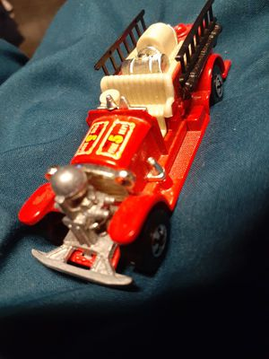 VINTAGE REAL LIFE RED FIRE TRUCK BY HOTWHEEL for Sale in San Diego, CA