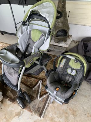 Chicks Stroller and car seat don't need anymore take it for 75 bucks both for Sale in Coconut Creek, FL