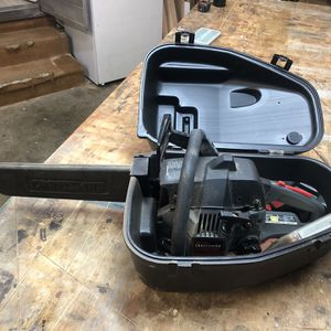 Craftsman Gas-Powered Chainsaw for Sale in Los Angeles, CA