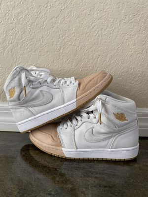 Air Jordan 1 Retro High WMNS Dipped Toe White Metallic Gold. Size 8womens for Sale in Winter Haven, FL