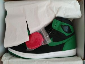 Nike air jordan retro 1's pine green Deadstock for Sale in Orlando, FL