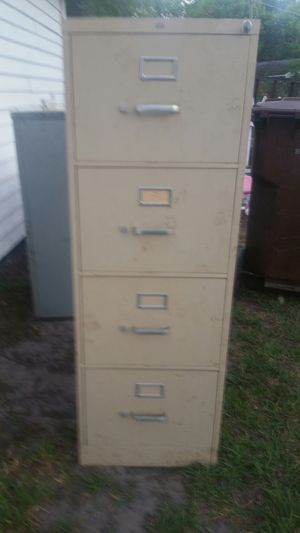 4 drawer locking file cabinet for Sale in Mulberry, FL