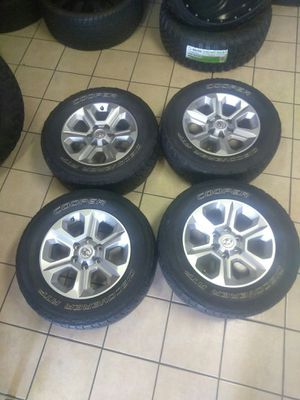 Toyota wheels 6 lugs with tires for Sale in Addison, TX
