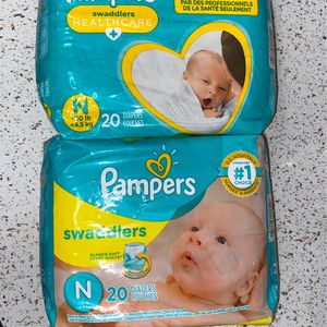 Pampers Newborn Diapers (2 Packs Of 20) for Sale in West Palm Beach, FL