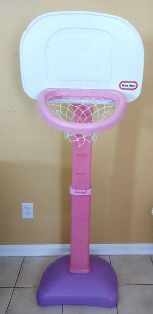 Basketball hoop for Sale in Valrico, FL