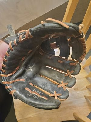 Nike baseball glove 11.5 for Sale in Middle River, MD