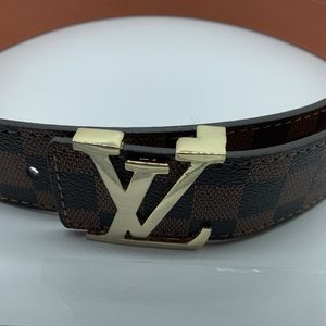 Louis Vuitton Belt - Brown (105cm) for Sale in Moreno Valley, CA