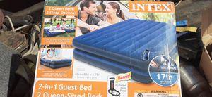 Queen dual air mattress with hand pump for Sale in Escondido, CA