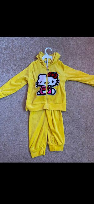 Hello kitty clothes 2T for Sale in Roseville, CA