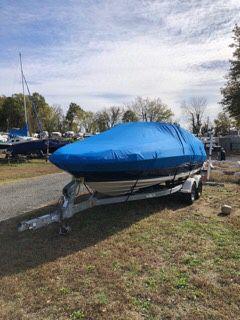 2007 Sea Ray Sundeck 200