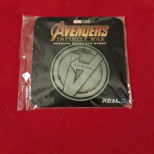 Disney Marvel Avengers Infinity War Opening Night Fan Event Coin for Sale in Peoria, AZ